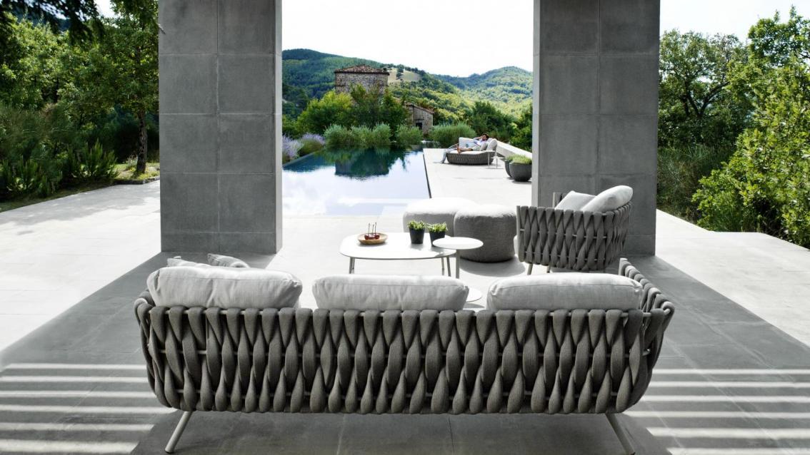 Tosca sofa feelathome - Mobilier jardin waterloo villeurbanne ...