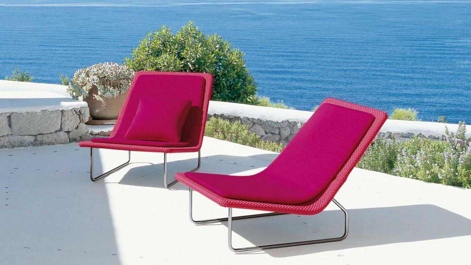 Feelathome stockverkoop paola lenti sand easy chair for Paola lenti