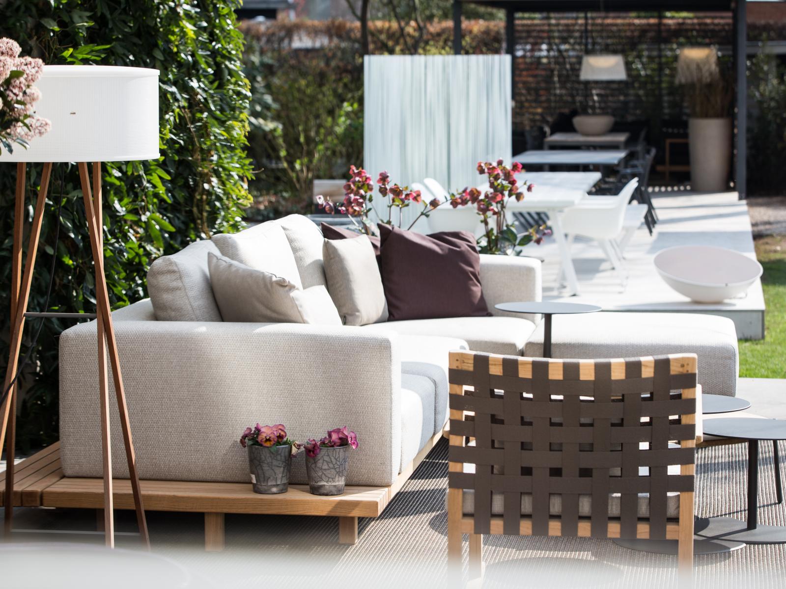 Schön Outdoor Lounge Vis A Vis Galerie - Die Designideen für ...